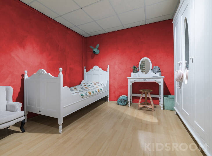 Romantic kinderkamer Rood