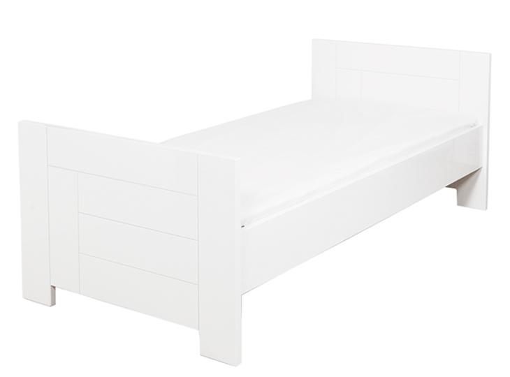Tweepersoonsbed Hoogglans Wit.Manhatten Hoogglans Bed En Kast Stunt Nu Voor 599 Bij Kidsroom