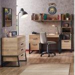 Irony Bureau met boekenkast
