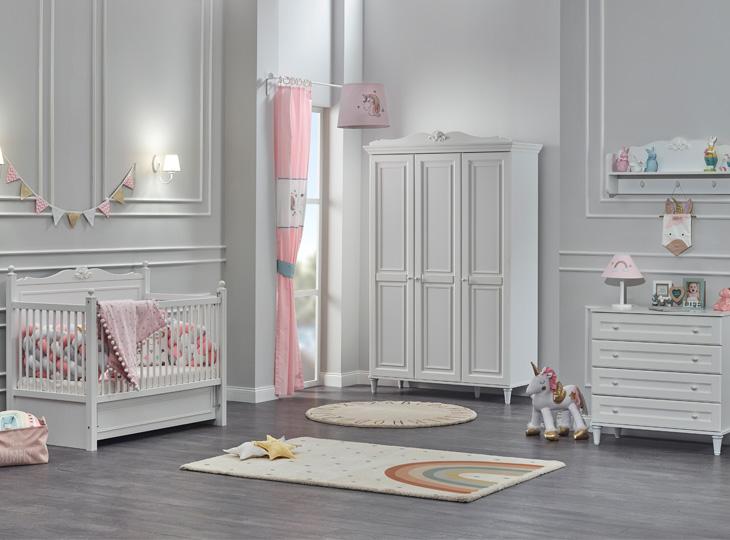 Lora Babykamer met 3-deurkast